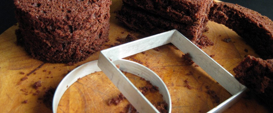 two-layer mini cakes